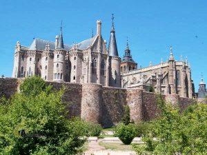 Palacio de Gaudí y Catedral de Astorga