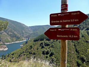 Señalización del Camino Natural de la Cordillera Cantábrica