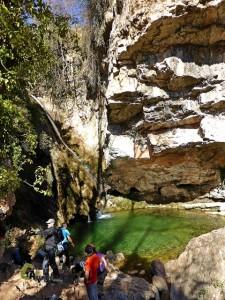 Cascada y poza del río Carbó