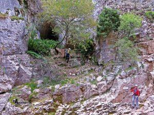 Cueva en el Estrecho del Mijares