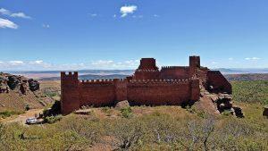Vistas del castillo de Paracense